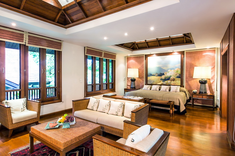 Doi Tung Luxury Suite living area